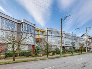 "Photo 40: 213 672 W 6TH Avenue in Vancouver: Fairview VW Townhouse for sale in ""BOHEMIA"" (Vancouver West)  : MLS®# R2546703"