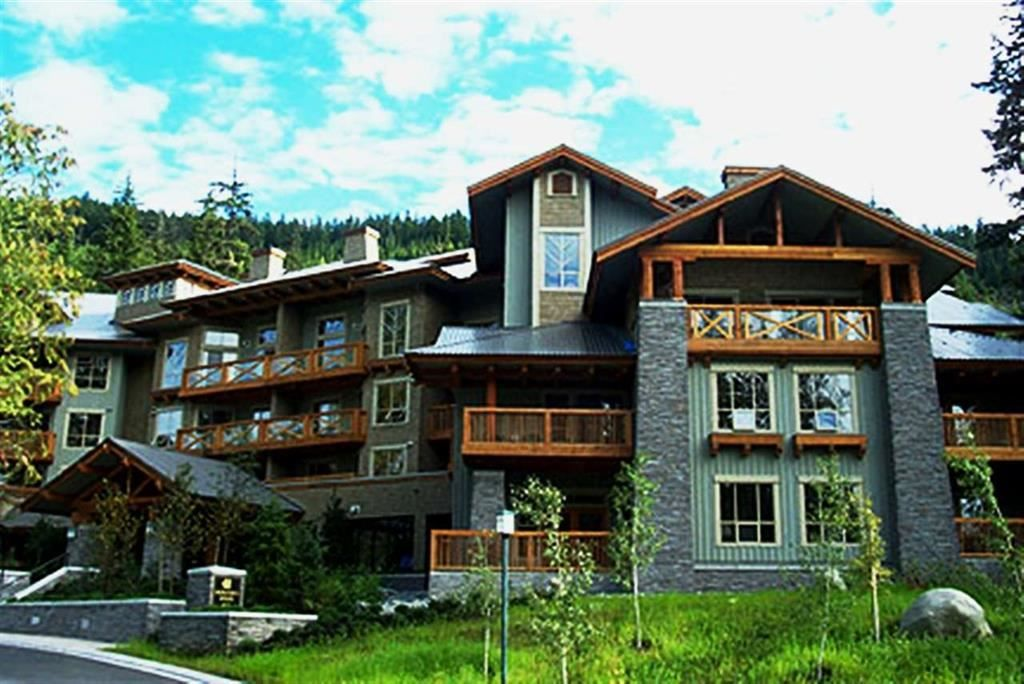 """Main Photo: 201 G4 4653 BLACKCOMB Way in Whistler: Benchlands Condo for sale in """"HORSTMAN HOUSE"""" : MLS®# R2373370"""