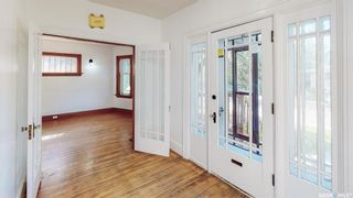 Photo 2: 3351 ANGUS Street in Regina: Lakeview RG Residential for sale : MLS®# SK870184