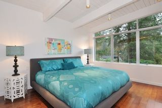 Photo 9: 5574 GALLAGHER Place in West Vancouver: Eagle Harbour House for sale : MLS®# R2139438