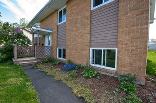 Photo 2: 81 Hallmark Crescent in Colby Village: 16-Colby Area Residential for sale (Halifax-Dartmouth)  : MLS®# 202113254