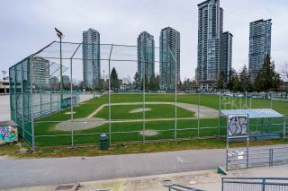 """Photo 27: 201 3638 RAE Avenue in Vancouver: Collingwood VE Condo for sale in """"RAINTREE GARDENS"""" (Vancouver East)  : MLS®# R2537788"""