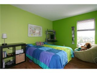 """Photo 9: 557 CARLSEN Place in Port Moody: North Shore Pt Moody Townhouse for sale in """"EAGLE POINT"""" : MLS®# V835962"""