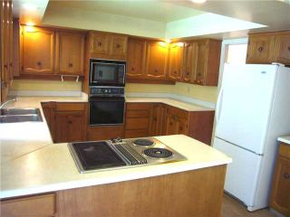 """Photo 2: 4209 YUCULTA CR in Vancouver: University VW House for sale in """"SALISH PARK"""" (Vancouver West)  : MLS®# V912144"""