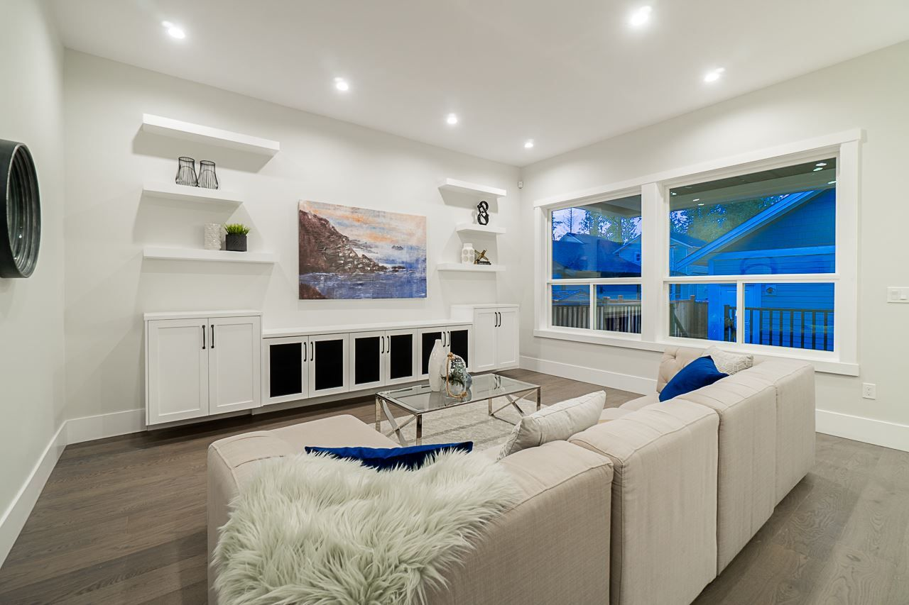 Photo 5: Photos: 17189 0A Avenue in Surrey: Pacific Douglas House for sale (South Surrey White Rock)  : MLS®# R2479187
