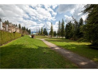 """Photo 10: 3934 INDIAN RIVER Drive in North Vancouver: Indian River Townhouse for sale in """"Highgate Terrace"""" : MLS®# V997469"""