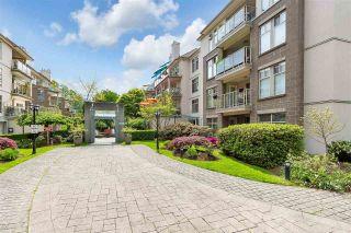 "Photo 6: 406 15340 19A Avenue in Surrey: King George Corridor Condo for sale in ""Stratford Gardens"" (South Surrey White Rock)  : MLS®# R2579128"