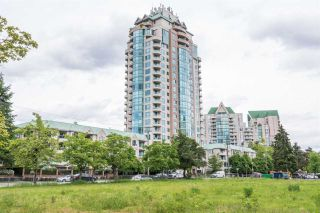 Photo 1: 1706 3071 GLEN Drive in Coquitlam: North Coquitlam Condo for sale : MLS®# R2169869