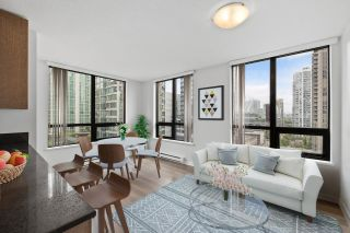 """Main Photo: 1102 909 MAINLAND Street in Vancouver: Yaletown Condo for sale in """"Yaletown Park 2"""" (Vancouver West)  : MLS®# R2594826"""
