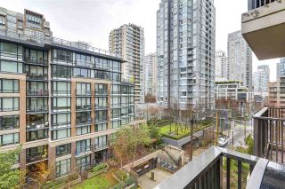 "Photo 19: 701 1055 HOMER Street in Vancouver: Yaletown Condo for sale in ""DOMUS"" (Vancouver West)  : MLS®# R2245913"
