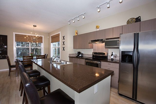 """Photo 4: Photos: 4 15075 60 Avenue in Surrey: Sullivan Station Townhouse for sale in """"Nature's Walk"""" : MLS®# R2028031"""