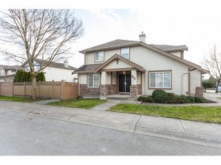 Photo 2: 20612 66A Avenue in Langley: Willoughby Heights House for sale : MLS®# R2435243