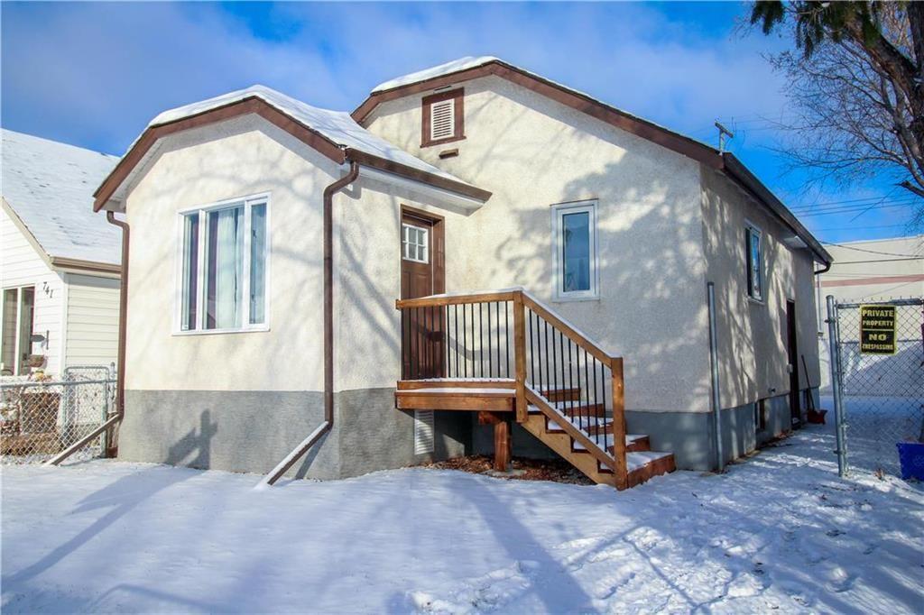 Main Photo: 751 McCalman Avenue in Winnipeg: East Elmwood Residential for sale (3B)  : MLS®# 202000105