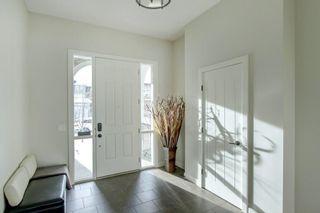 Photo 2: 8 MAHOGANY Manor SE in Calgary: Mahogany Detached for sale : MLS®# A1126034