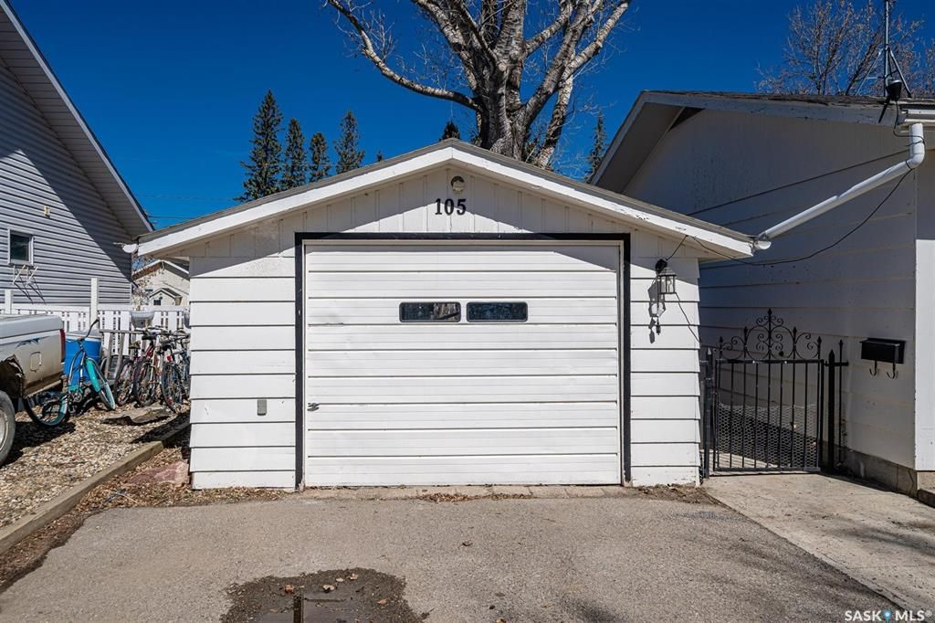 Photo 41: Photos: 105 2nd Street East in Langham: Residential for sale : MLS®# SK849707