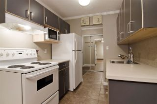 """Photo 2: 109 357 E 2ND Street in North Vancouver: Lower Lonsdale Condo for sale in """"Thornecliffe"""" : MLS®# R2009279"""