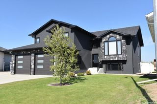 Photo 2: 109 Andres Street in Nipawin: Residential for sale : MLS®# SK839592