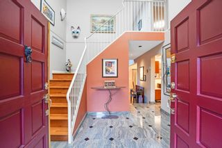 """Photo 5: 6522 PINEHURST Drive in Vancouver: South Cambie Townhouse for sale in """"Langara Estates"""" (Vancouver West)  : MLS®# R2619741"""