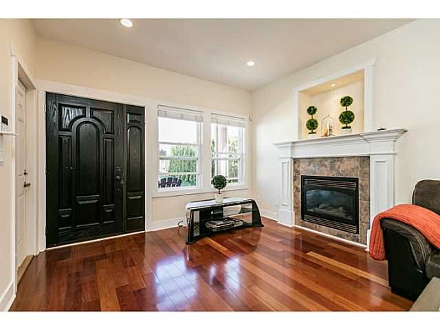 Photo 6: Photos: 7979 MCGREGOR Avenue in Burnaby: South Slope 1/2 Duplex for sale (Burnaby South)  : MLS®# V1137815