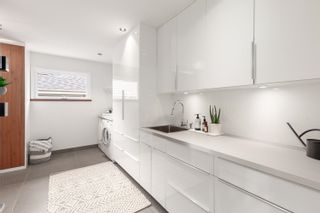 """Photo 6: 4218 YUCULTA Crescent in Vancouver: University VW House for sale in """"Salish Park"""" (Vancouver West)  : MLS®# R2616968"""