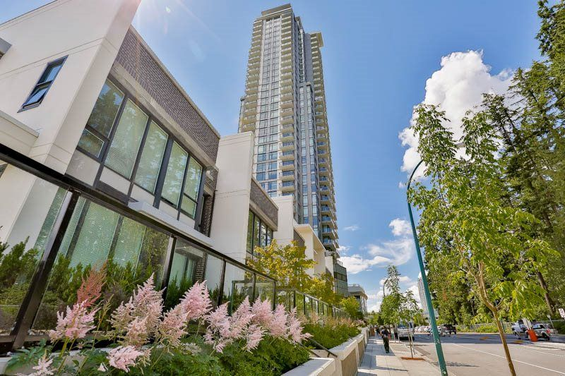 "Main Photo: 1801 3080 LINCOLN Avenue in Coquitlam: Central Coquitlam Condo for sale in ""1123 WESTWOOD"" : MLS®# R2080119"