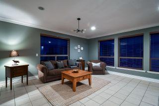 Photo 6: 7720 NIXON Road in Chilliwack: Eastern Hillsides House for sale : MLS®# R2321543