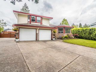 """Photo 31: 3394 198A Street in Langley: Brookswood Langley House for sale in """"Meadowbrook"""" : MLS®# R2586266"""