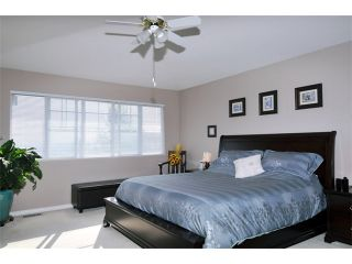 """Photo 7: 23 11358 COTTONWOOD Drive in Maple Ridge: Cottonwood MR Townhouse for sale in """"CARRIAGE LANE"""" : MLS®# V976270"""