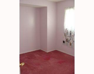 Photo 8: 135 APPLEGLEN Park SE in CALGARY: Applewood Residential Detached Single Family for sale (Calgary)  : MLS®# C3386324