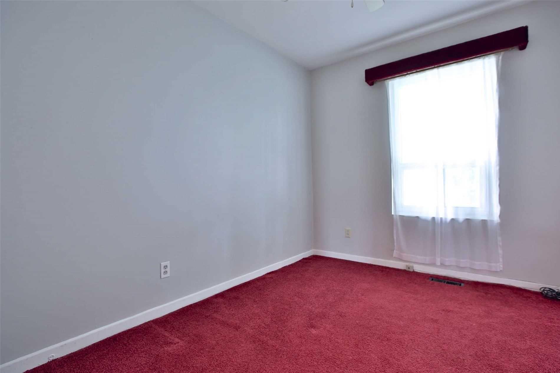 Photo 11: Photos: 8 695 Birchmount Road in Toronto: Kennedy Park Condo for sale (Toronto E04)  : MLS®# E4600623
