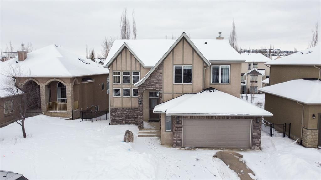 Main Photo: 27 Discovery Ridge Rise SW in Calgary: Discovery Ridge Detached for sale : MLS®# A1070103
