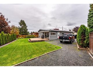 Photo 33: 10107 FAIRBANKS Crescent in Chilliwack: Fairfield Island House for sale : MLS®# R2625855