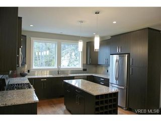 Photo 2: 3654 Coleman Pl in VICTORIA: Co Latoria House for sale (Colwood)  : MLS®# 655498