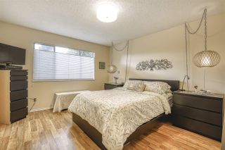 """Photo 15: 16112 10 Avenue in Surrey: King George Corridor House for sale in """"South Meridian/ McNally Creek"""" (South Surrey White Rock)  : MLS®# R2436037"""