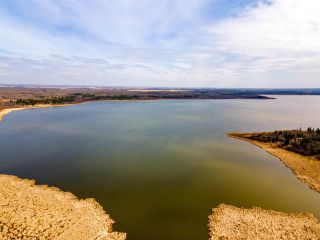 Photo 44: 857 West Cove Drive: Rural Lac Ste. Anne County House for sale : MLS®# E4241685