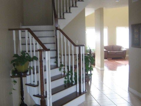 Photo 3: Photos: 14 Don Morris Court in Clarington: Bowmanville House (2-Storey) for lease : MLS®# E2794787