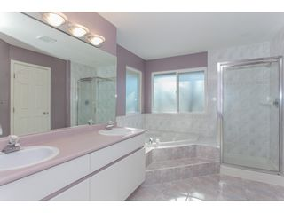 """Photo 14: 10635 CHESTNUT Place in Surrey: Fraser Heights House for sale in """"Glenwood"""" (North Surrey)  : MLS®# R2338110"""