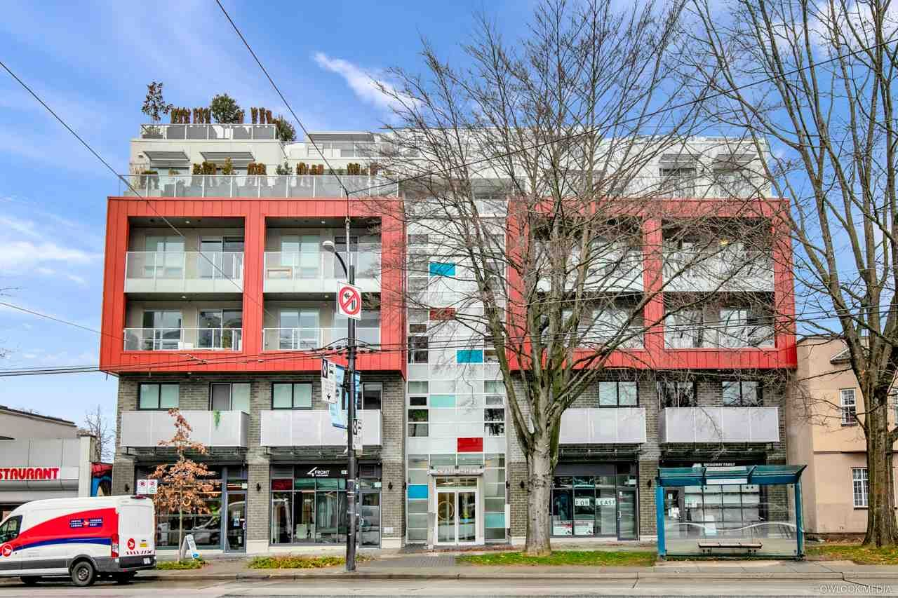 Main Photo: 305 379 E BROADWAY Street in Vancouver: Mount Pleasant VE Condo for sale (Vancouver East)  : MLS®# R2534103