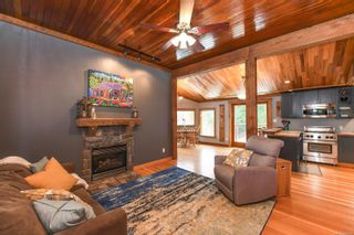 Photo 10: 2569 Dunsmuir Ave in : CV Cumberland House for sale (Comox Valley)  : MLS®# 866614