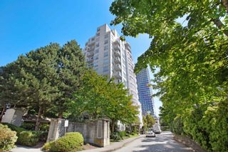 """Photo 3: 309 3455 ASCOT Place in Vancouver: Collingwood VE Condo for sale in """"QUEEN'S COURT"""" (Vancouver East)  : MLS®# R2613257"""