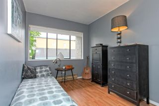 Photo 11: 4882 TURNBUCKLE WYND in Delta: Ladner Elementary Townhouse for sale (Ladner)  : MLS®# R2072644