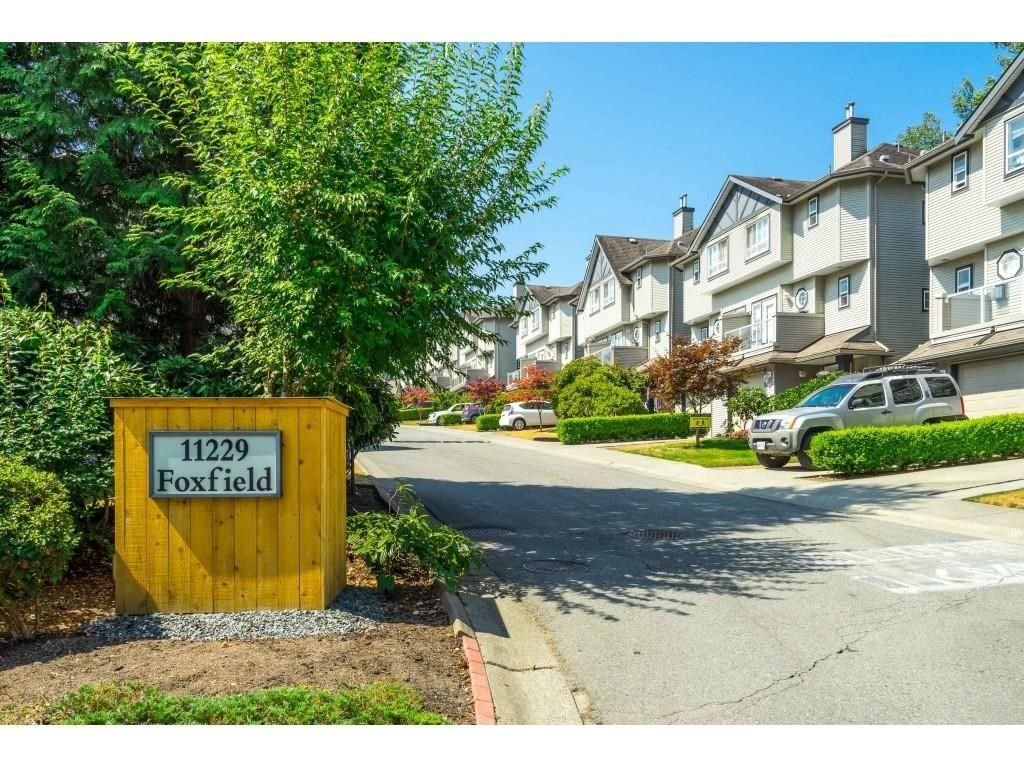 """Main Photo: 11 11229 232 Street in Maple Ridge: East Central Townhouse for sale in """"FOXFIELD"""" : MLS®# R2607266"""