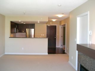 Photo 5: 207 125 Milross Avenue in Vancouver: Mount Pleasant VE Condo for sale (Vancouver East)