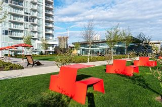 """Photo 38: 1708 6098 STATION Street in Burnaby: Metrotown Condo for sale in """"STATION SQUARE"""" (Burnaby South)  : MLS®# R2601088"""