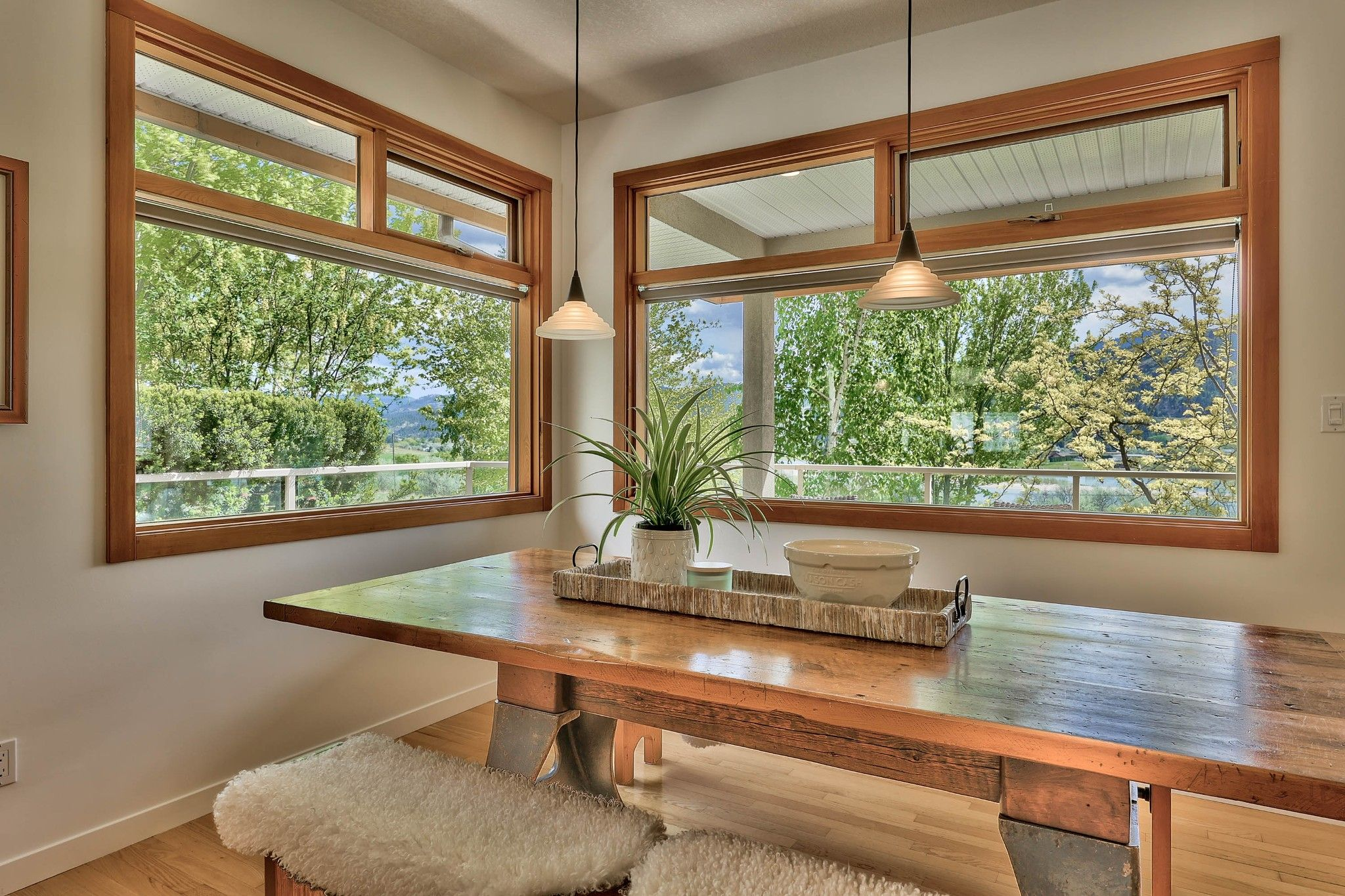 Photo 10: Photos: 3299 E Shuswap Road in Kamloops: South Thompson Valley House for sale : MLS®# 162162