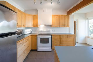 """Photo 14: 1540 WHITE SAILS Drive: Bowen Island House for sale in """"Tunstall Bay"""" : MLS®# R2613126"""