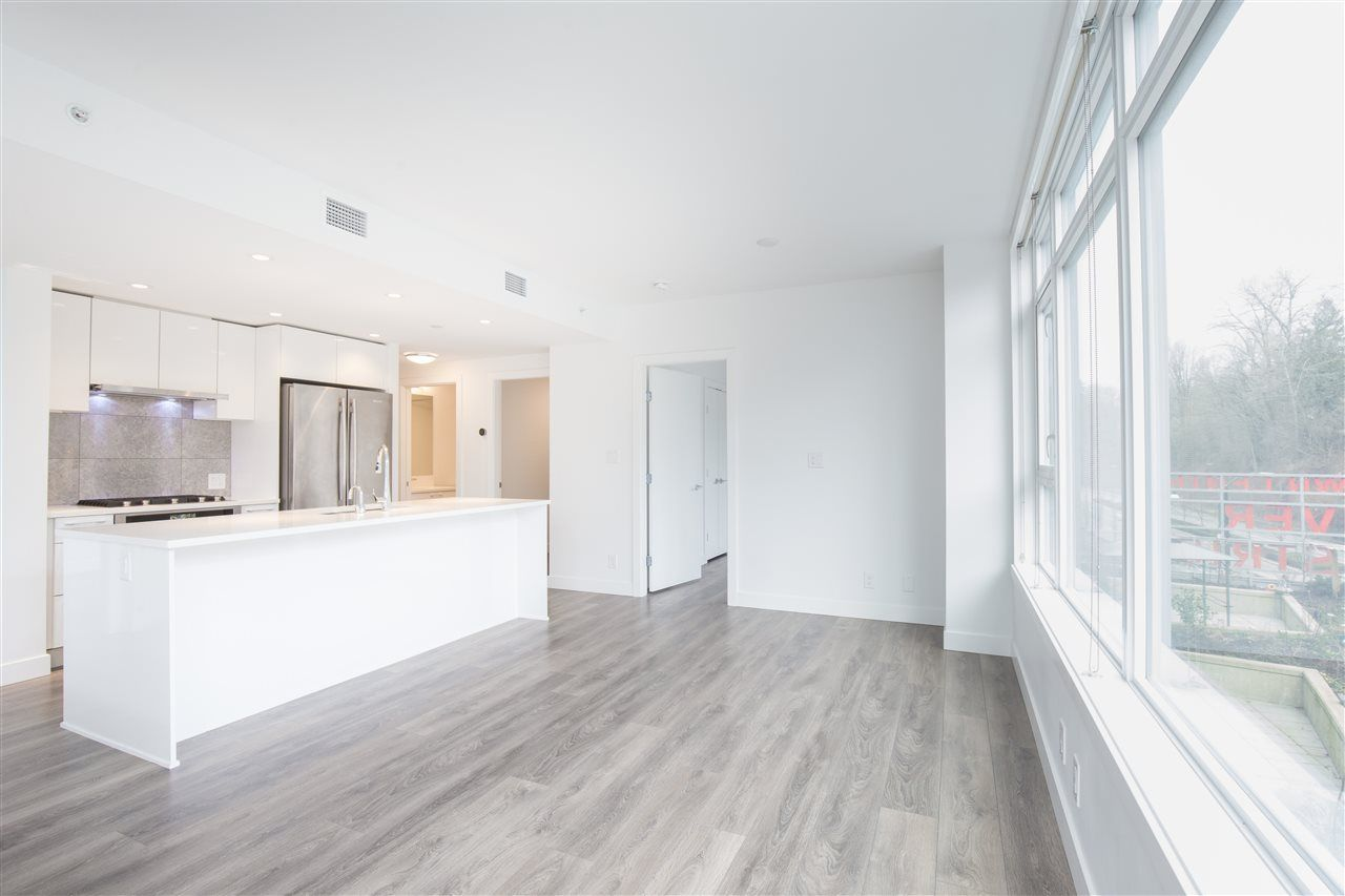 """Photo 6: Photos: 302 8538 RIVER DISTRICT Crossing in Vancouver: South Marine Condo for sale in """"ONE TOWN CENTRE"""" (Vancouver East)  : MLS®# R2430166"""