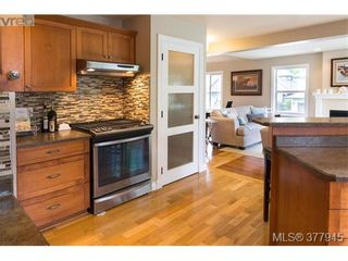 Photo 11: 928 Alton Lane in VICTORIA: La Bear Mountain House for sale (Langford)  : MLS®# 758912