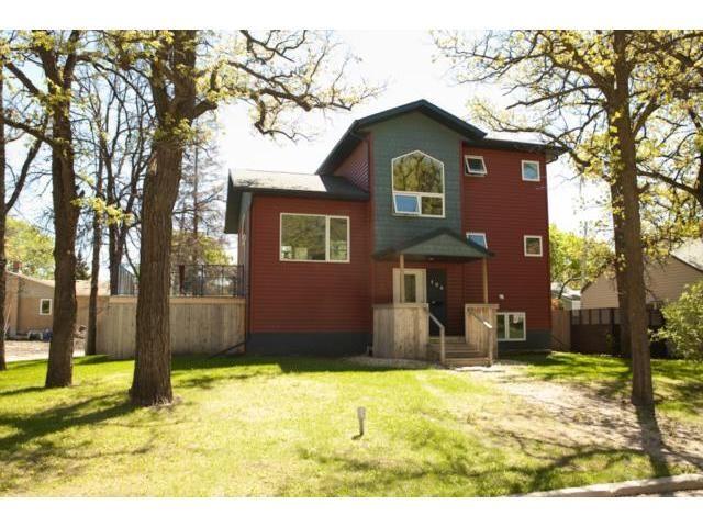 Main Photo: 194 Imperial Avenue in WINNIPEG: St Vital Residential for sale (South East Winnipeg)  : MLS®# 1311303