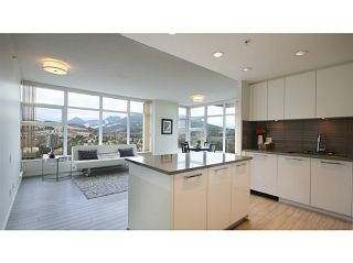 Photo 5: # 2907 3102 WINDSOR GT in Coquitlam: New Horizons Condo for sale : MLS®# V1104666